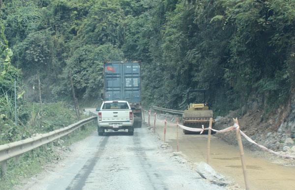 Theo đề xuất nghiên cứu của đơn vị tư vấn, tuyến cao tốc Đồng Đăng - Trà Lĩnh dài 115km, quy mô 4 làn xe cơ giới (Trong ảnh: Một đoạn QL4A qua tỉnh Cao Bằng)