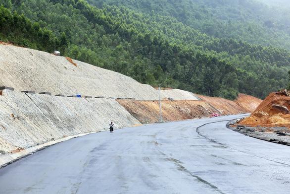 Hầm đường bộ Đèo Cù Mông vận hành sử dụng trước Tết Kỷ Hợi 2019 - Ảnh 7.